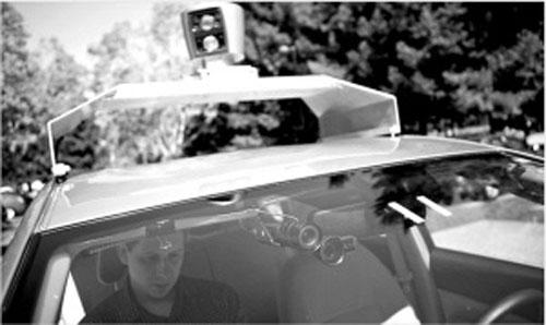 国内国际 谷歌研制无人驾驶汽车 在加州路试成功高清图片